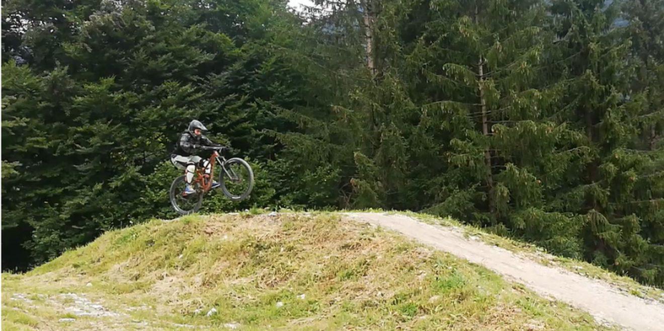 Kein Recht auf grenzenloses Mountainbiken im Wald
